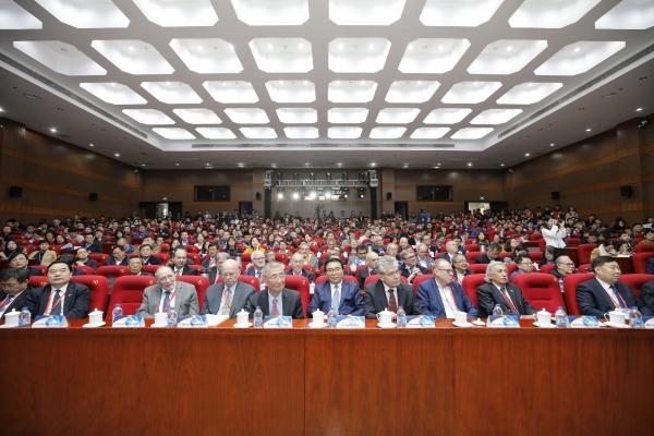 中科院前沿科学国际战略研讨会在国科大雁栖湖校区召开